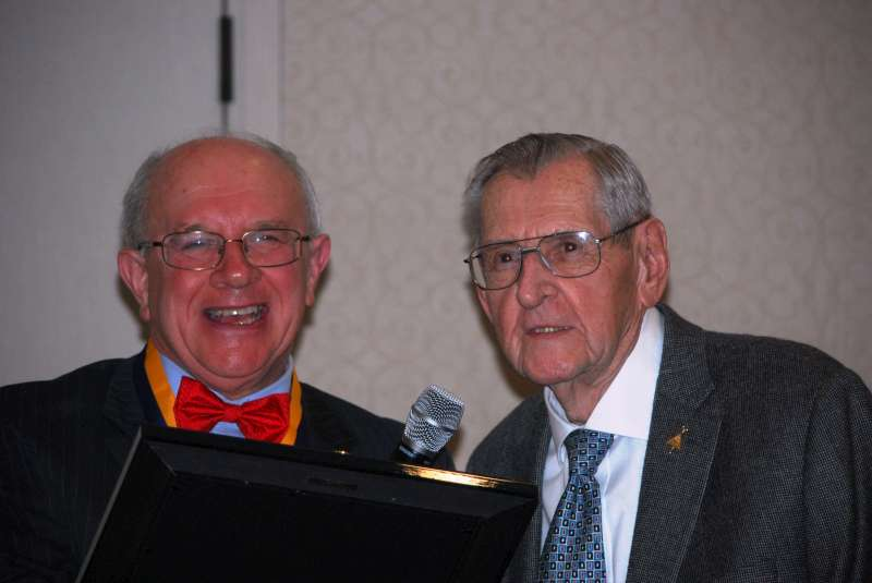 Tony Jablonsky receives life-time achievement award.docx