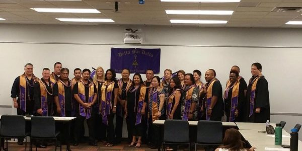 University of Phoenix Lambda Sigma Hawaii Campus Holds Induction Ceremony